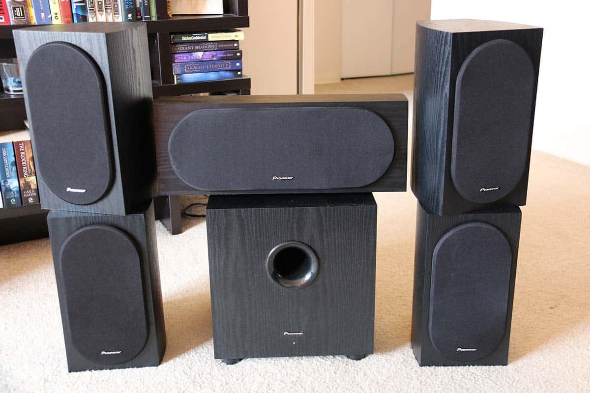 Top 3 advantages of using floor standing speakers